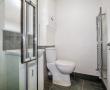 C21-Bathroom-2